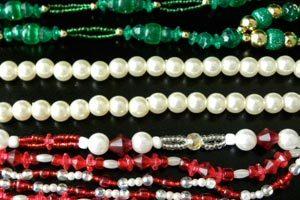 Como organizar diversos accesorios de bijouterie
