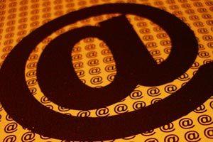 Cómo organizar los mensajes de correo electrónico