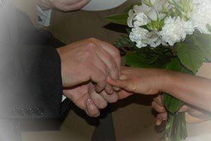 Cómo organizar un compromiso de boda