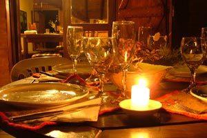 Como organizar una cena romántica en casa
