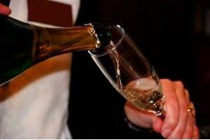 Cómo servir las bebidas en la organización de un evento