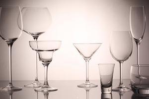 Cristalería completa para usar en un evento en casa