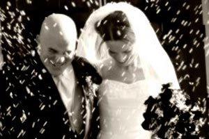 ¿Cuándo los novios deben despedirse de los invitados a su boda?